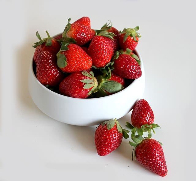 strawberry-e836b9072e_640