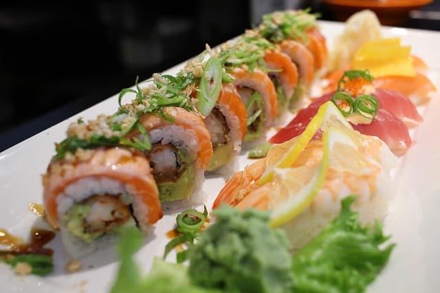 sushi-e835b0072a_640