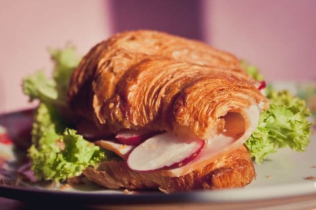 croissant-e834b10a2b_640
